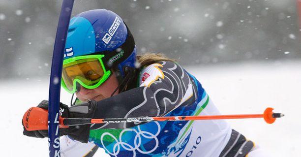 Tanja Poutiainen ei vielä tiedä, jahtaako hän olympiakultaa Sotshissa 2014.
