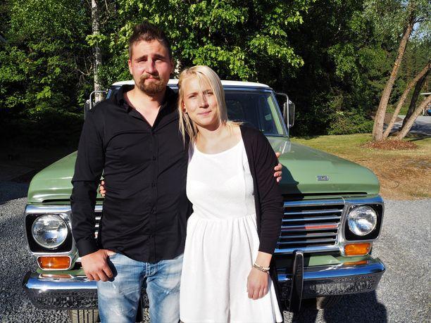Tästä alkoi Antti-Jussin ja Elinan rakkauden kesä.