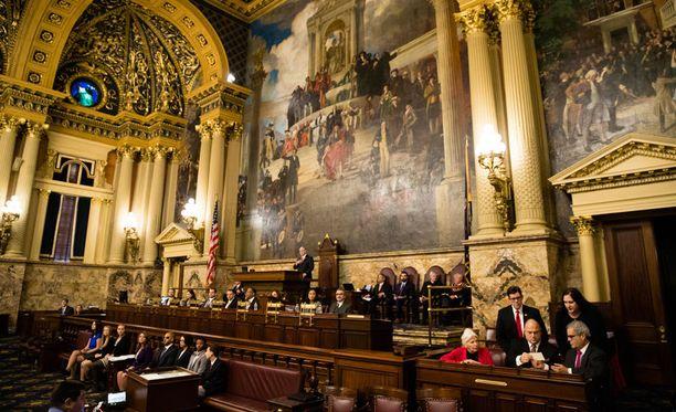 Pennsylvanian osavaltion valitsijamiehet kokoontuivat osavaltion pääkaupungissa Harrisburgissa sijaitsevaan parlamenttirakennukseen antamaan äänensä.