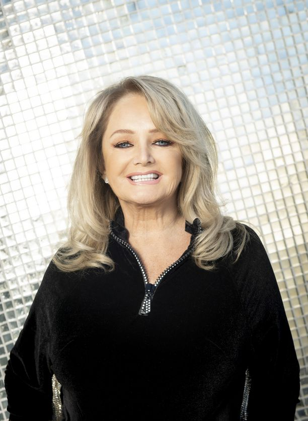 Bonnie Tyler iloitsee siitä, että hänellä on keikkasetteihinsä hurjasti materiaalia, mistä valita. Suurimmat hitit kuullaan aina.