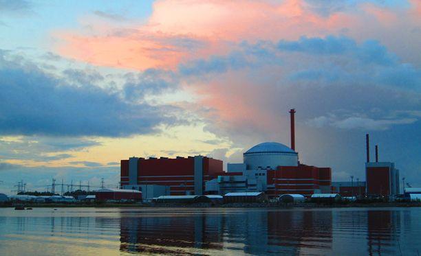 Olkiluodon ydinvoimalan kolmosreaktorin käynnistyminen viivästyy yhä.