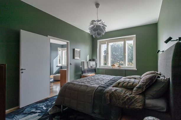 Vihreällä värillä on rauhoittava vaikutus. Erityisen hyvin se sopii vanhan talon tunnelmaan.