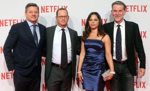 Kuvassa vasemmalta Ted Sarandos Netflixin sisältöpäällikkö, Jonathan Friedland, entinen viestintäpäällikkö, Tawni Cruz, rekrytointipäällikkö ja Reed Hastings, toimitusjohtaja.