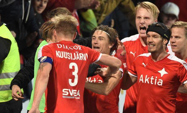 Pekka Sihvola iski HIFK:n voittomaalin.