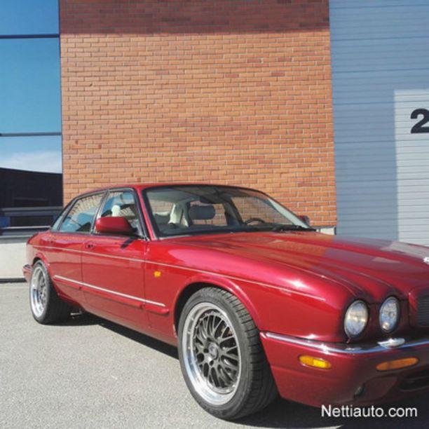Varsinais-Suomessa asuva mies myi Helsingin yliajosta epäillylle 51-vuotiaalle miehelle tämän Jaguar XJR:n kesäkuun lopussa 10 000 eurolla.