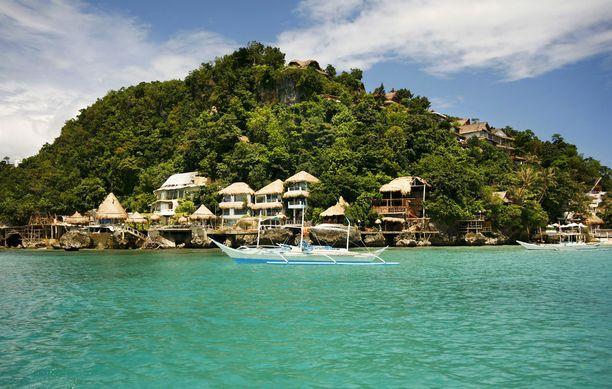 Boracay halutaan siivota kerralla kuntoon. Monien matkailuyrittäjien mielestä puhdistustyöt pitäisi tehdä vaiheittain, niin ettei saarta tarvitsisi sulkea.
