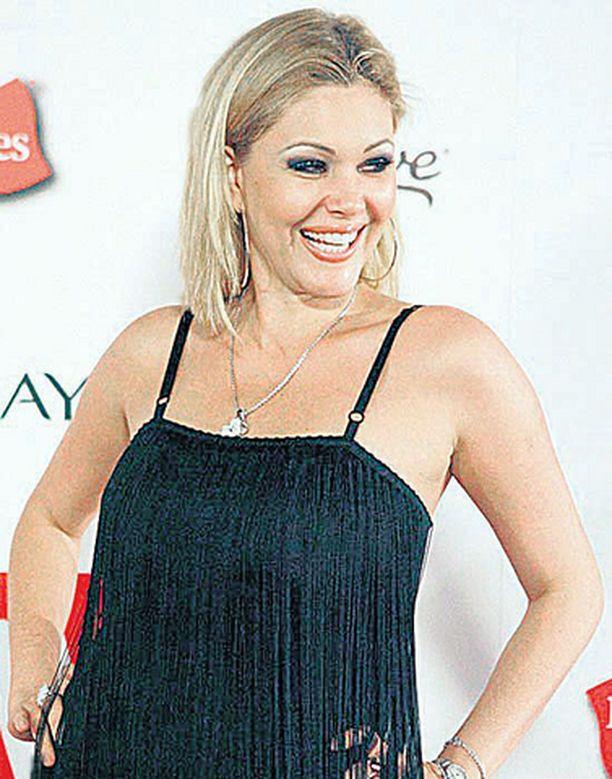 Shanna Moakler väittää joutuneensa Hiltonin ex-poikaystävän ahdistelun kohteeksi.