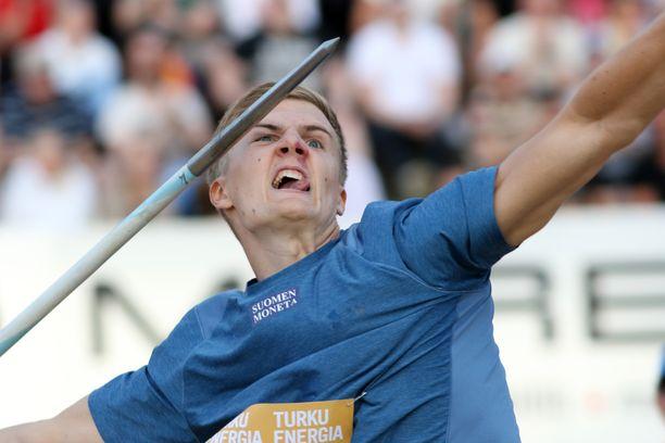 Oliver Helander on maailmantilastoissa korkeimmalla sijalla oleva suomalaisurheilija juuri nyt.