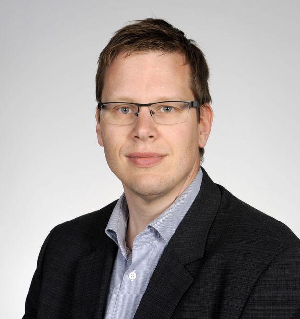 Itä-Suomen yliopiston yliopistonlehtori, julkisoikeuden dosentti Matti Muukkonen.