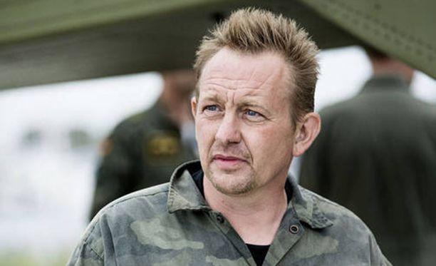 Tanskalaiskeksijä Peter Madsenia syytetään ruotsalaisen toimittajan Kim Wallin murhasta.