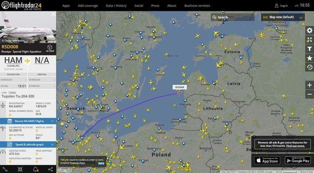 Tupolev Tu-204-300 matkalla kohti Latvian ilmatilaa.
