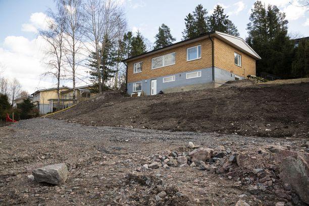 Talon asukkaat joutuivat syksyllä evakkoon sortumisvaaran vuoksi.