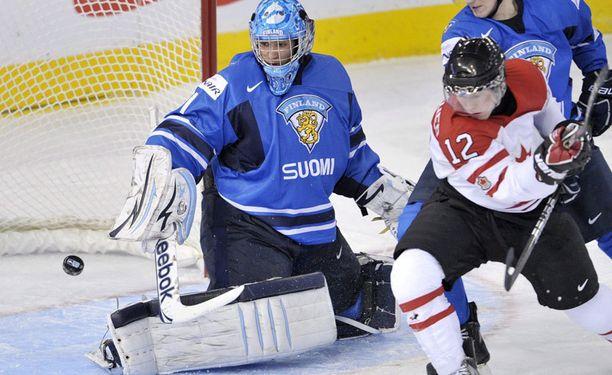 Christopher Gibson torjui Pikkuleijonien maalilla vuoden 2012 MM-kisoissa.
