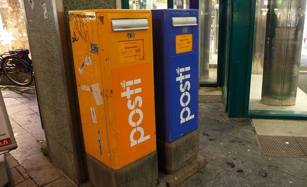 Osa murroista on tehty varastetuilla Postin avaimilla.