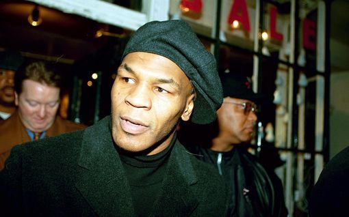 Hurja väite: Mike Tysonin piti otella Helsingissä 20 vuotta sitten – mitä jättimäisissä suunnitelmissa todella tapahtui?