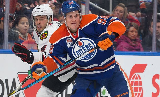 Jesse Puljujärvi ei päässyt aloittamaan kautta Oilersin paidassa. Hän hakee vauhtia farmiseura Condorsista.
