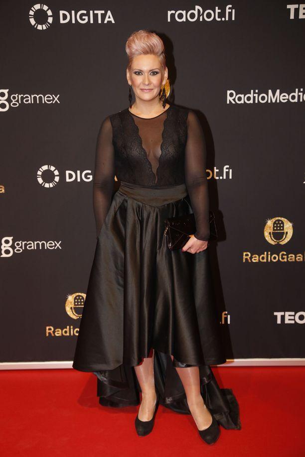 Heidi Sohlberg viihtyy myös Tinderissä.