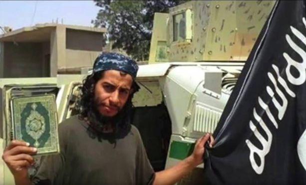 Isis on pelotellut propagandassaan myös kyberhyökkäyksillä. Kuvassa Abdelhamid Abaaoud, jota epäillään Pariisin iskujen pääsuunnittelijaksi.