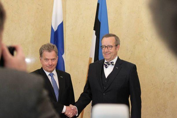 Presidentti Sauli Niinistö on Viron presidentin Toomas Hendrik Ilveksen vieraana Tallinnassa.