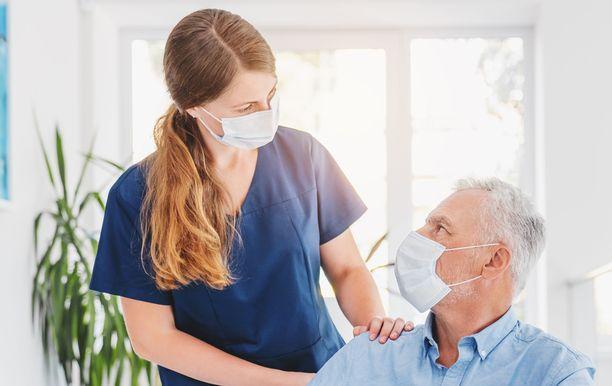 Lähihoitajien palkoissa on vaihtelua.