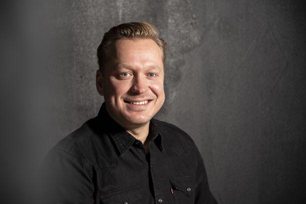 Ville Liimataisen veljet ovat myös tehneet pitkään musiikkialalla töitä. Jonne Aaron tunnetaan artistina ja Tommi Liimatainen musiikkimanagerina.