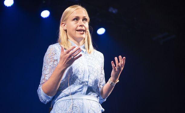 Kansanedustaja Elina Lepomäki.