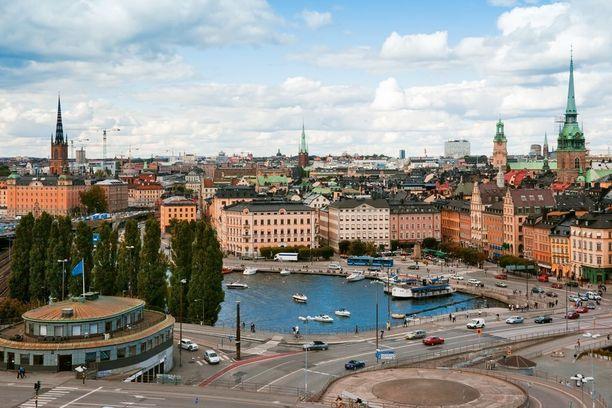 Huippukokous saatetaan järjestää Suomen naapurimaassa.