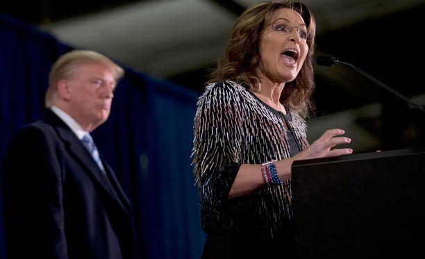 Sarah Palin sanoi jo syyskuussa, että ottaisi mieluusti energiaministerin salkun, jos Donald Trumpista tulisi Yhdysvaltain presidentti. Nyt Palin päätti tukea Trumpia virallisesti.
