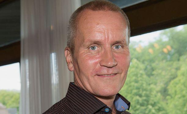 Lennart Matikainen on toinen ruotsalaisrealityn asiantuntijoista.