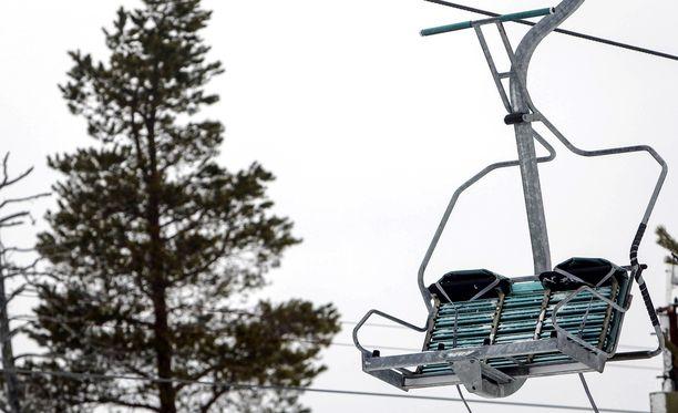 Melko lyhytaikainen sähkövika pysäytti hissejä Rukan hiihtokeskuksessa Kuusamossa.