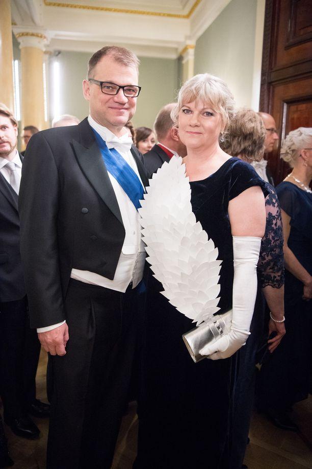 Juha Sipilä ja Minna-Maaria Sipilä Linnan juhlissa viime vuonna.