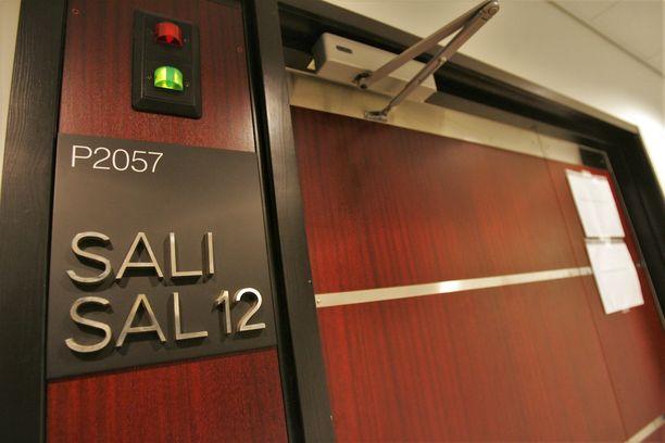 Hovioikeus käsitteli tapausta suljetuin ovin, mutta antoi tuomiostaan seikkaperäisen julkisen version.