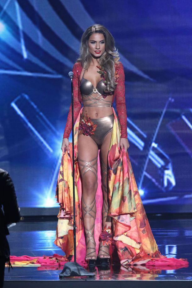 Ryydin valmistautuminen Miss Universum -kilpailuihin ei mennyt aivan suunnitelmien mukaan, mutta lavalla hän oli hyvässä kunnossa.