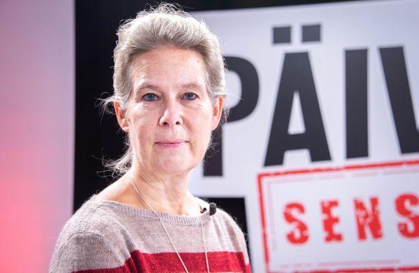 Ylilääkäri Hanna Nohynek vieraili Sensuroimattomassa Päivärinnassa.
