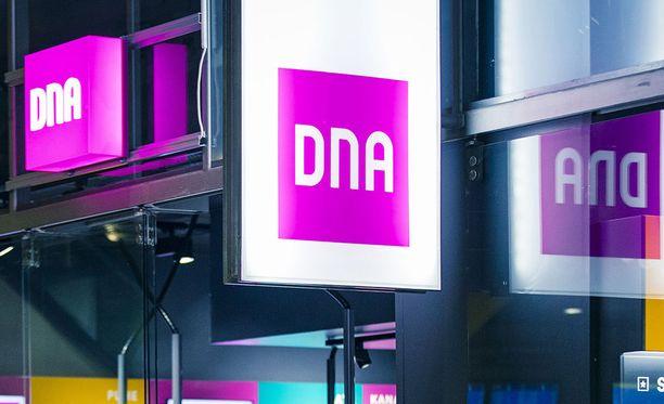 DNA:n viestinnästä kerrotaan, että huonolla suomen kielellä kirjoitettu päivitysviesti on aito, eikä kalasteluyritys.