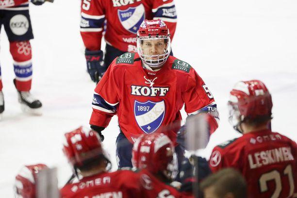 Juha Jääskä teki HIFK:n kolmannen maalin.