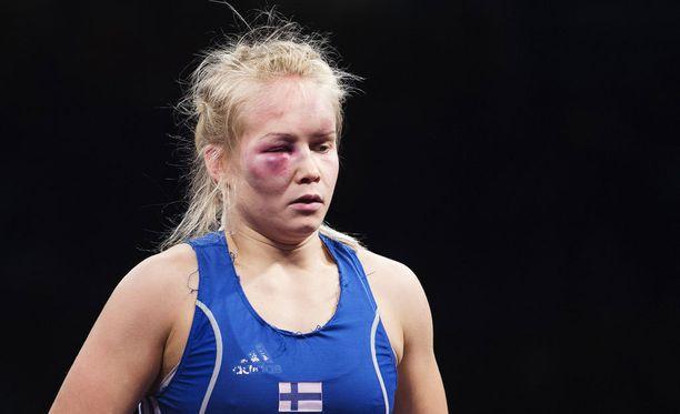 Petra Ollin naamataulu koki kovia painin MM-kisoissa.