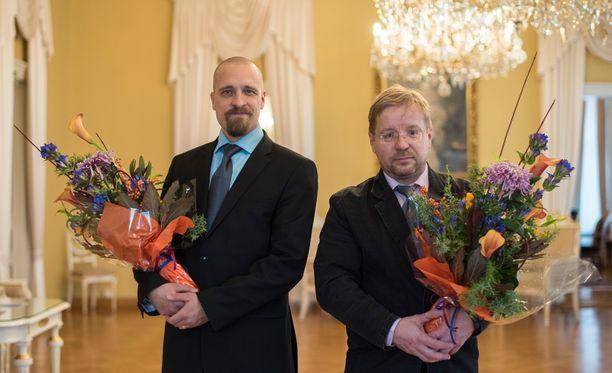 Palkitut isät Pasi Uhtakari ja Jussi Hartikainen.