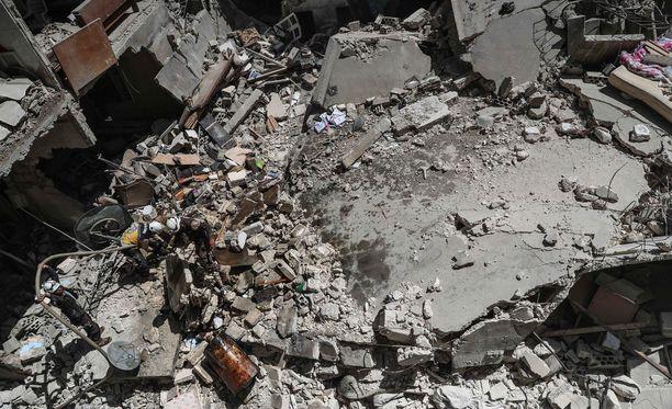 Kuva toukokuussa Idlibissä tapahtuneesta räjähdyksestä, jossa ainakin kolme ihmistä menetti henkensä.