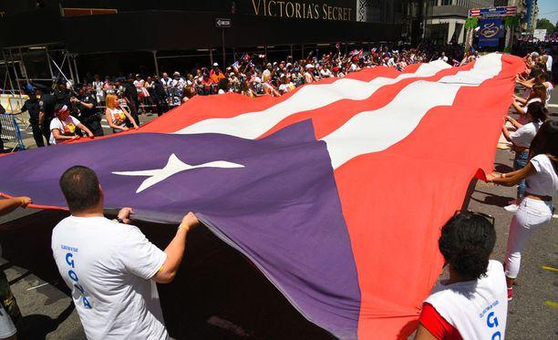 Puertoricolaiset ovat jälleen äänestäneet saaren osavaltioasemasta. Kuva Puerto Ricon päivän paraatista New Yorkista viime kesältä.
