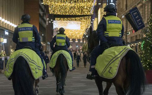 IL Seurasi ratsupoliisien arkipäivää: hevonen herättää kunnioitusta ja pelkoa niin paljon, ettei sen kimppuun hyökätä – paitsi kerran