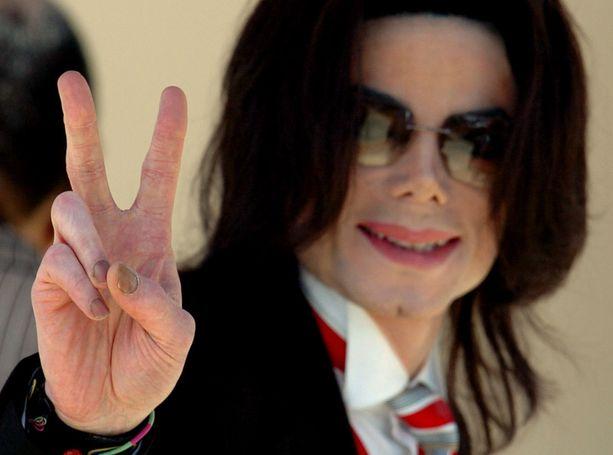 Michael Jacksonin menestystarina jatkuu.