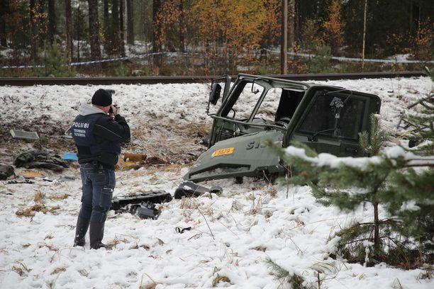 Tiedotustilaisuudessa avattiin onnettomuuden etenemistä.
