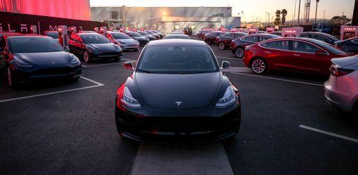Ensimmäiset Model 3-mallit on jo luovutettu ajoon USA:ssa.