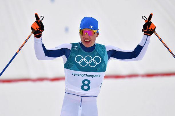 Iivo Niskanen hiihti kultaa 50 kilometrin matkalla Pyeongchangin olympialaisissa.