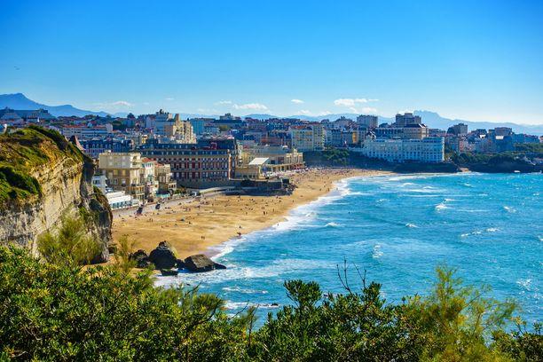 Ranskan Biarritzilla on pitkät perinteet luksuslomakohteena.