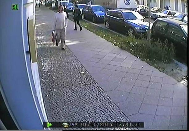 Epäilty sieppaaja kuvattiin tarkasti videolle vain 10 minuuttia ennen pojan katoamista.