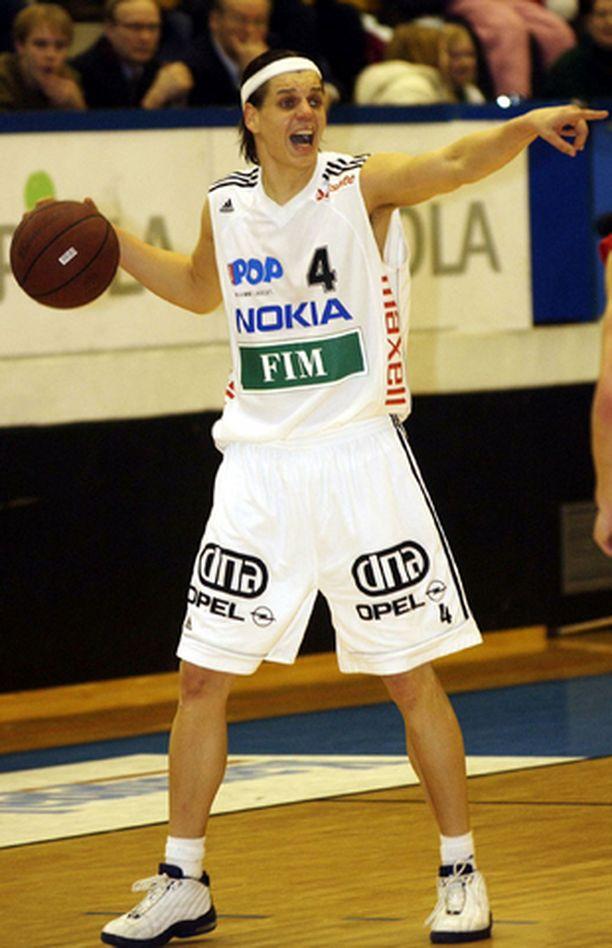 Jyri Lehtonen ehti pelata useammassakin Euroopan suursarjassa.