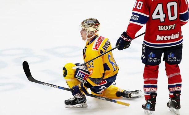 Jukurien kultakypärä Henrik Koivisto on Jere Karalahden Nanna-vaimon pikkuveli.