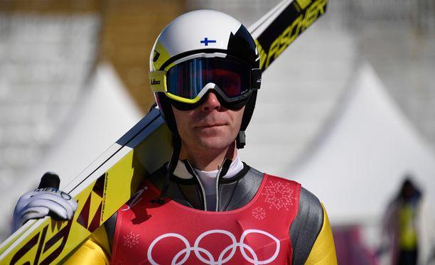Janne Ahonen hyppäsi viisi kierrosta keskiviikon harjoituksissa Pyeongchangissa.